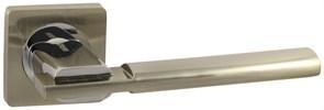Дверная ручка Винтаж V03D на квадратной розетке SN матовый никель