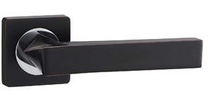Дверная ручка Винтаж V04BL на квадратной розетке BL черный с патиной
