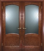 Дверь распашная двустворчатая Этьен Античный дуб Гравировка Ромб со стеклом